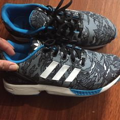 Adidas zx flux sneakers Used Adidas zx flux sneakers. No tears, rips or holes. Almost new. Very clean. Size 6.5Y. Fits a 7.5-8 women. No original box. Adidas Shoes Sneakers