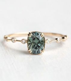 100 The most beautiful engagement rings you would like to own - unique commitment .club - 100 The most beautiful engagement rings you want to own – unique commitment … - Most Beautiful Engagement Rings, Wedding Rings Simple, Dream Engagement Rings, Engagement Ring Settings, Vintage Engagement Rings, Unique Rings, Vintage Rings, Unique Engagement Rings Simple, Tiffany Engagement Rings