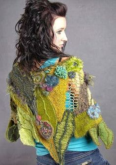 Freeform leaf shawl ~ inspiration I suspect there's crochet in it as well, but some of it looks like knitting . Freeform Crochet, Crochet Art, Irish Crochet, Crochet Shawl, Crochet Flowers, Free Crochet, Crochet Geek, Knitted Shawls, Crochet Scarves