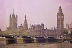 Simply London Among the world's most visited capitals London offers a little something for everyone: from history and lifestyle to…
