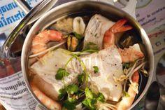 #dailymiam #recette #pot-au-feu Pot-au-feu aux fruits de mer et à la mangue verte. Publié par Régal. Retrouvez toutes ses recettes sur youmiam.com.