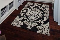 Damask rug. Need this for my bedroom!