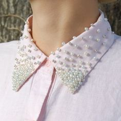 It's ALL about collars this fall.  Follow this tutorial to embellish a shirt collar with a pearl bead gradient.