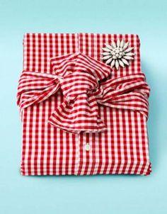 Plein d'idées pour emballer un cadeau sans papier cadeau - Terra eco -  réduction des déchets