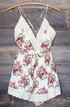 little floral dress. Megan ♡