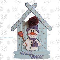 háčkování přes špachtli - Hledat Googlem Diy Christmas Ornaments, Kids Christmas, Christmas Decorations, Winter Diy, Winter Crafts For Kids, Popsicle Stick Crafts, Craft Stick Crafts, Cute Crafts, Diy And Crafts