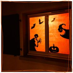 1000 id es sur le th me fen tre de silhouettes d 39 halloween for Decoration fenetre halloween