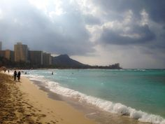 Iconic shot in Waikiki. Snapped on 2/28/2014. #gohawaii