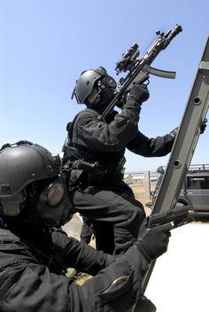 Australian Counter-Terrorism Unit <<< repinned by http://www.geistreich78.net