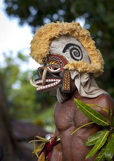 Malagan pig mask. People of Papua New Guinea. Photo by Eric Lafforge.