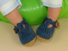 knitting pattern only Baby T Bar Sandals  pdf by madmonkeyknits, $3.95