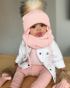 New funny baby photography smile ideas Baby Kind, Pretty Baby, Beautiful Children, Beautiful Babies, Hello Beautiful, Baby Girl Fashion, Kids Fashion, Swag Fashion, Style Fashion