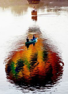 reflection or photo shop? either way, Cool!!
