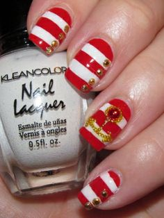 Beautiful Nail Art Designs to Try - These beautiful nail art designs to try below are a huge hit this season. Arm yourself up with the most dazzling shades that suit your skin tone and preferences. Copycat the most impressive patterns included in the following manicure parade.