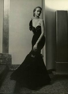 Sadly, all I know about this picture is that its from a 1949 edition of a LIFE magazine, but I think it's gorgeous!