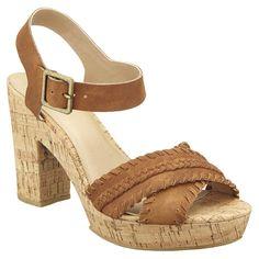 Stylové sandály perfektně doladí váš letní look.