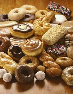 YES!!!!!!!!!!!!!!!!!! DONUTS!