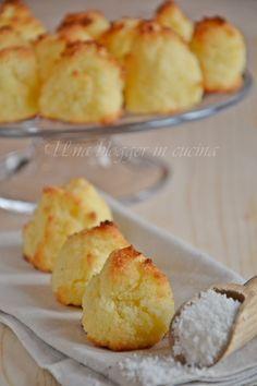 Biscotti al cocco senza farina