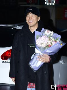 Matrimonial Chaos Wrap Up Party! Cha Tae Hyun, Actors, Coat, Party, Fashion, Moda, Sewing Coat, Fashion Styles, Parties