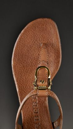 Equestrian Buckle Flat Leather Sandals | Burberry