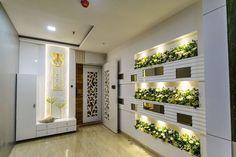Door And Window Design, Main Entrance Door Design, Home Entrance Decor, Entrance Doors, Indian Interior Design, Door Design Interior, Foyer Design, House Main Door, Grill Door Design