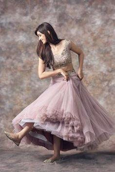 Plus Size Designer Dresses: Stylish, Flattering & Sexy Choli Designs, Lehenga Designs, Blouse Designs, Look Fashion, Skirt Fashion, Fashion Dresses, Fashion Clothes, Fashion Art, Fashion Jewelry