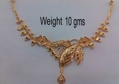 Gold Necklace Designs in 10 Grams - Latest and Traditional Models Here are the 9 Best gold necklace designs in 10 grams. 10 gram Gold Necklace designs are in vogue nowadays. So deck up with your favorite below 10 grams. Pearl Necklace Designs, Gold Earrings Designs, Indian Gold Necklace Designs, Simple Necklace Designs, Latest Earrings Design, Antique Necklace, Gold Bangles Design, Gold Jewellery Design, Latest Gold Jewellery