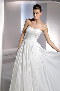 Göttin Brautkleider Etui Chiffon Strand simples bodenlanges trägerloses Brautkleid