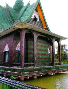 glass bottle temple in Thailand - amazing!