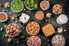 How to Boost Collagen Naturally + 20 Best Foods To Eat Diet Soup Recipes, Healthy Salad Recipes, Healthy Tips, Vegan Recipes, Proteine Vegan, Vegan Milk, Vegan Food, Chicken Protein, Vegetarian Protein