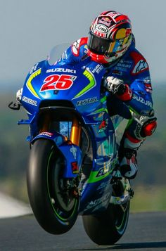 Maverick Viñales. Suzuki Ecstar. France GP 2016. Vinales 679f04322d1d