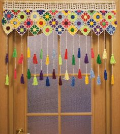 My new color curtain on the doorway Crochet Curtain Pattern, Crochet Curtains, Curtain Patterns, Crochet Motif, Crochet Flowers, Knit Crochet, Crochet Borders, Crochet Squares