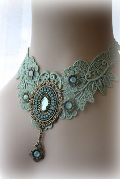 Soft Green Lace Choker