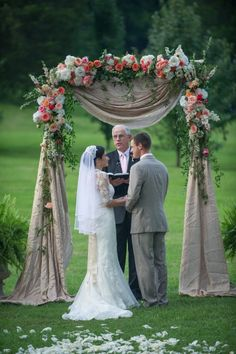 Romantic Pink and Coral Summer Wedding at Historic Cedarwood | Cedarwood Weddings
