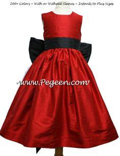 Red and black wedding, flower girl dress color Red Flower Girl Dresses, Red Wedding Dresses, Bridesmaid Dresses, Flower Girls, Dress Red, Trendy Dresses, Nice Dresses, Girls Dresses, Party Fashion