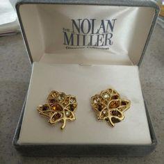 Entertainment Memorabilia Nolan Miller Jackie Collins Estate Earrings Black Pearl Celebrity Jewelry