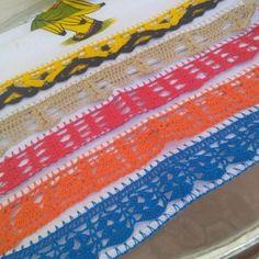 Bico de crochê: 70 modelos e 10 tutoriais com passo a passo E 10, Beach Mat, Outdoor Blanket, Lily, Youtube, Crochet Dishcloths, Basket Weave Crochet, Crocheted Blankets, Hairpin Lace Crochet