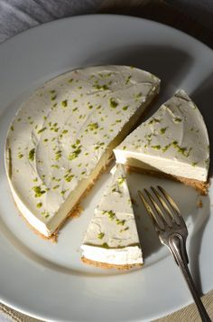 No Bake Limetten Käsekuchen Rezept Tangerine Zest Lime Cheesecake, Easy Cheesecake Recipes, Cheesecake Brownies, Köstliche Desserts, Dessert Recipes, Savoury Cake, Cheesecakes, Clean Eating Snacks, Sweet Recipes
