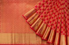 Handwoven Kanjivaram Silk Sari with Getti Pettu & Kodi Visiri Border 1031243 - Saris / All Saris - Parisera Pattu Sarees Wedding, Bridal Silk Saree, Wedding Sari, Bridal Wedding Dresses, Bengali Wedding, Indian Bridal, Wedding Bells, Kanjivaram Sarees Silk, Soft Silk Sarees