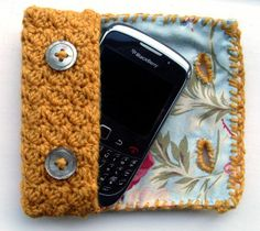 vintage style ˜lined cell phone case