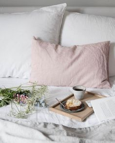 my scandinavian home: breakfast in bed in the beautiful home of Anna Cor
