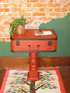 what a great way to use those old outdated suitcases, painted furniture, repurposing upcycling, shelving ideas Small Furniture, Furniture Projects, Furniture Making, Painted Furniture, Diy Furniture, Plywood Furniture, Modern Furniture, Furniture Design, Painted Suitcase