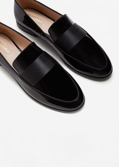 Patent leather moccasins - women - my stylebook . Patent Loafers, Loafer Shoes, Women's Shoes, Shoes Sneakers, Shoes Tennis, Dress Shoes, Dress Lace, Men Dress, Sneakers Style
