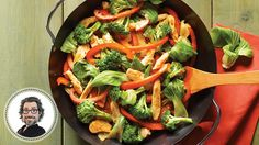 Vietnamese stir-fry from Christian Bégin Stir Fry Recipes, Fall Recipes, Asian Recipes, Beef Recipes, Chicken Recipes, Ethnic Recipes, Vegetable Recipes, Vegetable Pizza, Confort Food