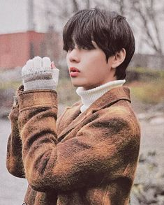 """bangtan in film ♡ —— a short thread"" Daegu, Foto Bts, Bts Photo, Kim Taehyung, Bts Jungkook, Bts Pictures, Funny Photos, Bts Memes, Jiyong"