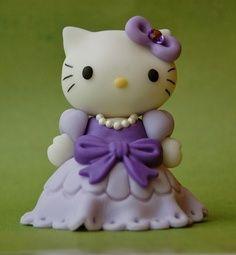 Old-timey  Hello Kitty fondant figure.