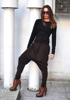 Loose Casual brown Drop Crotch Harem Pants, Extravagant WhitePants/black and white - Extravagant Black/white Pants