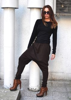 Loose Casual brown Drop Crotch Harem Pants, Extravagant WhitePants/black and white - Extravagant Black/white Pants