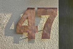 Eine 47 aus Tombak