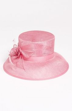 Derby Day Essentials | theglitterguide.com